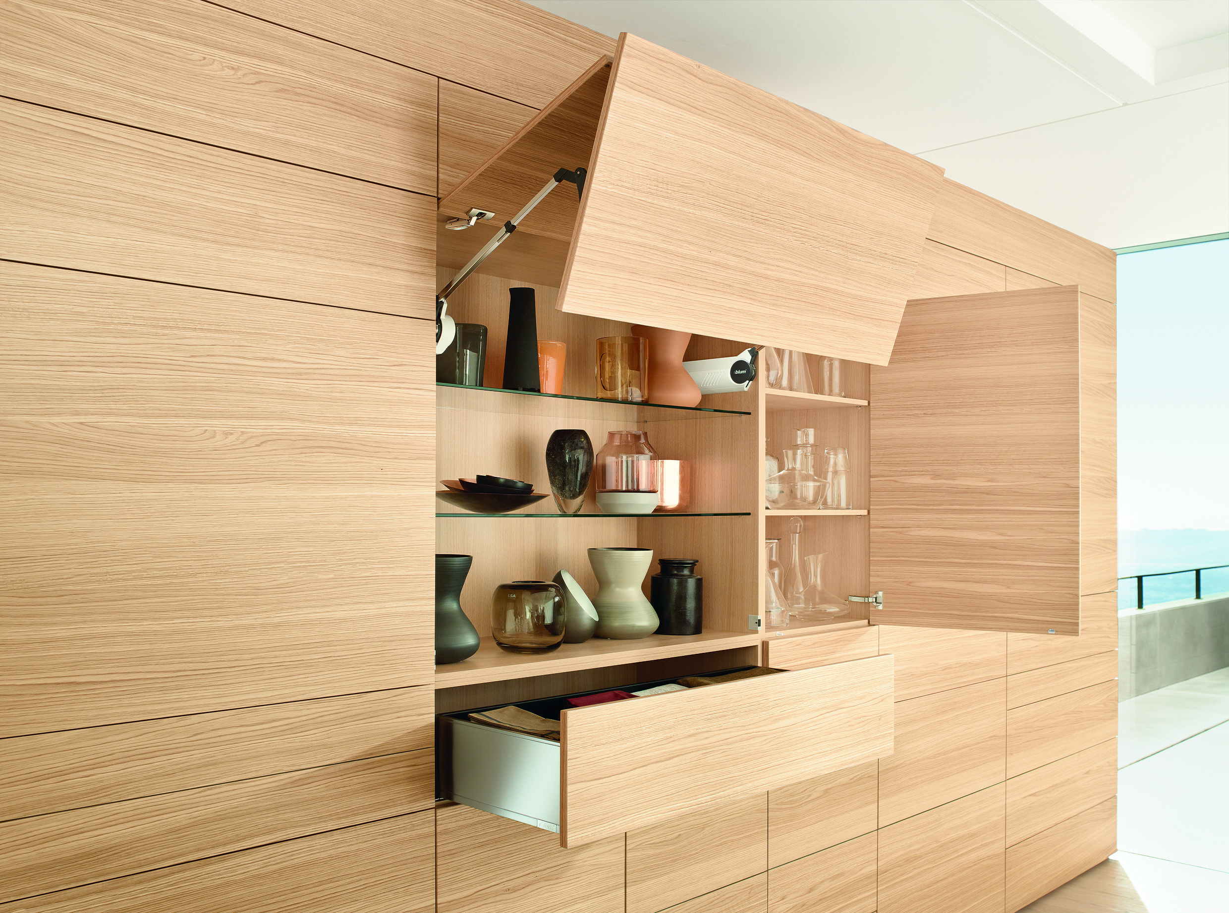 Merveilleux Thanks To Blum Fittings, Lift Systems, Doors And Pull Outs Can Be  Implemented In Various Designs To Suit The Application And Usersu0027 Needs.  Photo: Blum
